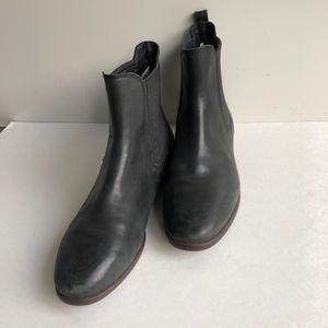UGG Joey Chelsea Boots